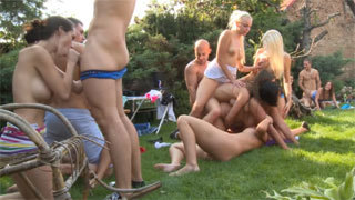 Outdoor Homemade Swingers Orgy By the Pool