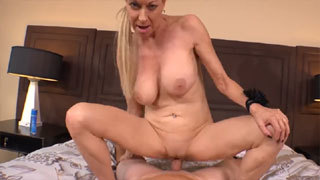 Mature On Casting Couch Loves Getting Fucked